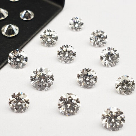 Round Shape  - Lab Grown HPHT Diamond